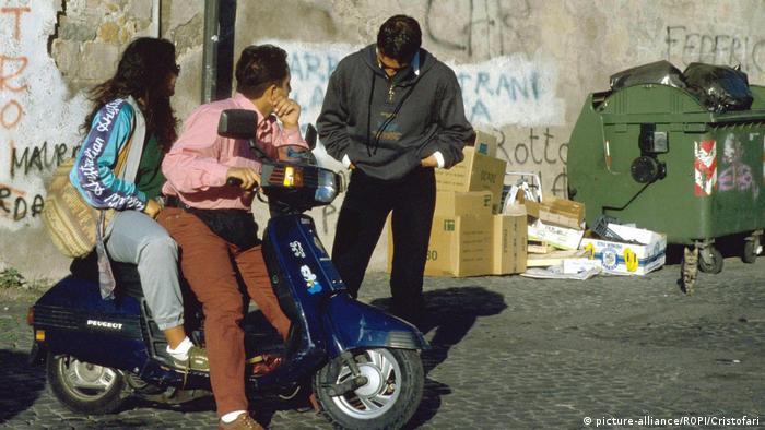 Italien Arbeitslosigkeit bei Jugendlichen (picture-alliance/ROPI/Cristofari)