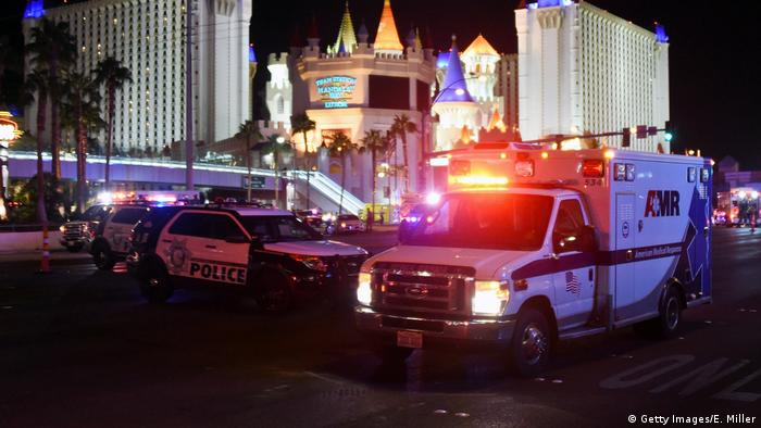 Ambulances, police cars in Las Vegas (Getty Images/E. Miller)