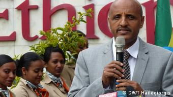 New competition will reduce ticket prices by more than a third, Ethiopia Airlines CEO Tewolde Gebremariam believes (DW/T.Hailegiorgis)