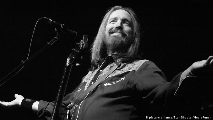 Tom Petty bei einem Auftritt (Foto: picture alliance/Star Shooter/MediaPunch)