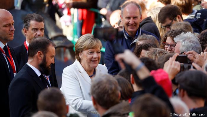 Tag der Deutschen Einheit in Mainz (Reuters/K. Pfaffenbach)