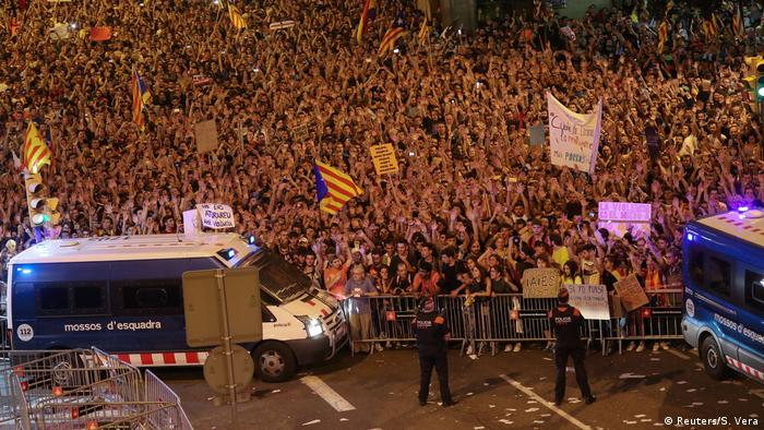Spanien Barcelona Demonstration nach Referndum