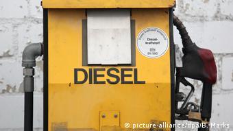 Symbolbild Diesel Zapfsäule