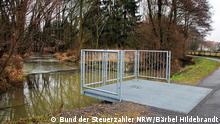 ***ACHTUNG SPERRFRIST 5. Oktober 11 Uhr - Benutzung nur für Helena Weise!*** Brakel, Aussichtsplattform an der Fischtreppe der Brucht in der Bruchtaue (Bruchtpfad) Foto: Bärbel Hildebrand/BdSt NRW 31.01.2017