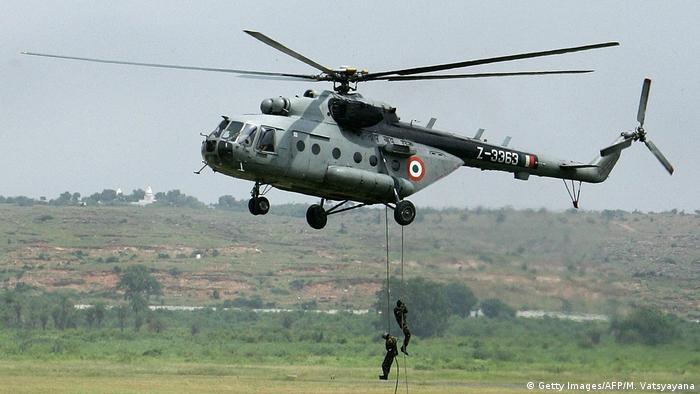 Indien Kampfhubschrauber MI-17 (Getty Images/AFP/M. Vatsyayana)