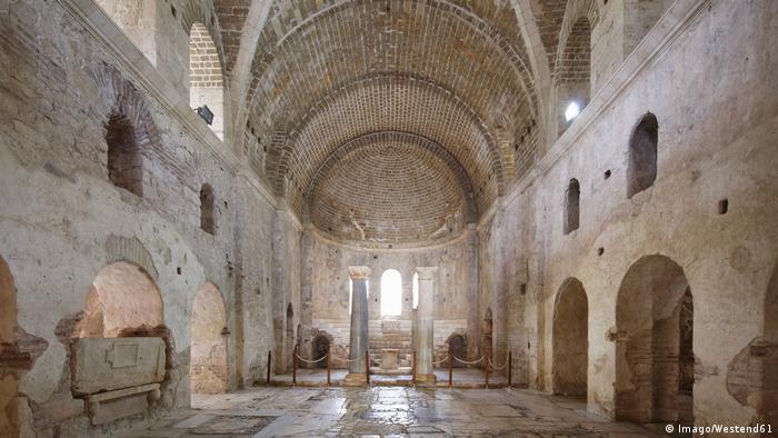 Церковь Святого Николая в нижних Мирах