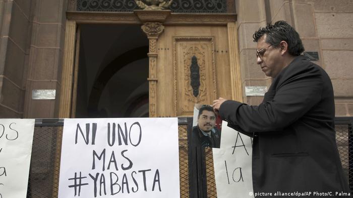 Mexiko Journalist getötet (picture alliance/dpa/AP Photo/C. Palma)