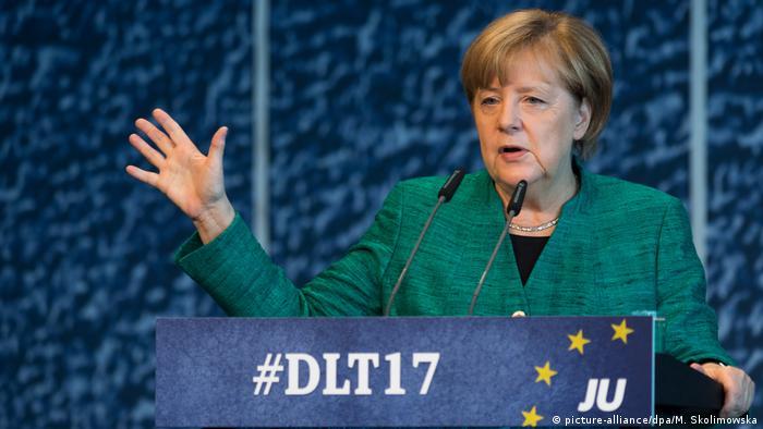 Deutschland Dresden Deutschlandtag der Jungen Union Angela Merkel