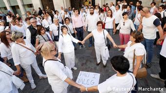 Spanien Girona Demonstration für Dialog (Reuters/R. Marchante)
