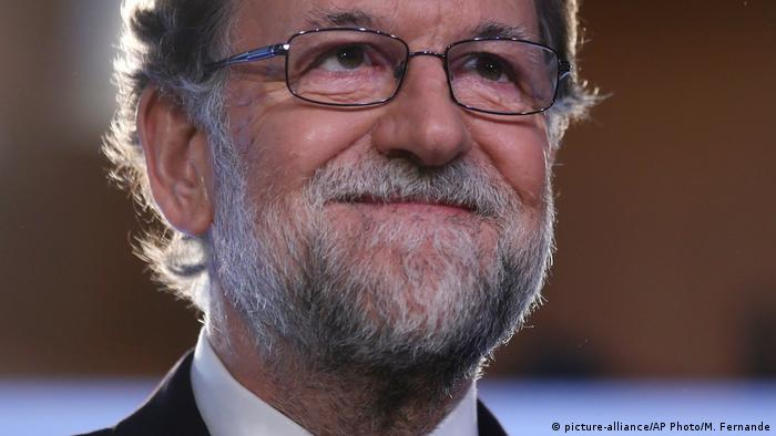 Mariano Rajoy, Spain's premier, has urged Catalan leaders to drop their ambitions for independence or face the consequences
