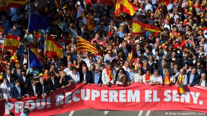 Spanien 'Für die Einheit'-Kundgebung in Barcelona (Getty Images/AFP/L. Gene)