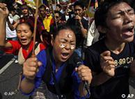 Tibetanos piden un Tibet libre durante una manifestación en Nueva Deli.