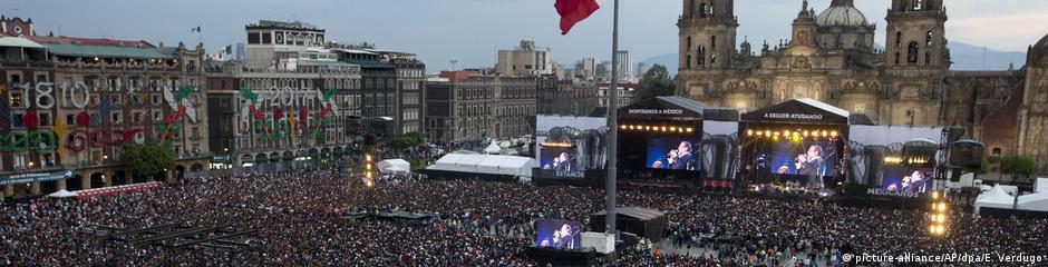 Mexiko Konzert für Erdbebenopfer in Mexiko-Stadt