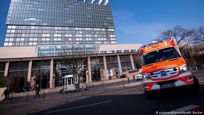 Universitätsklinik Köln (picture-alliance/dpa/M. Becker)