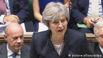 Großbritannien Brexit - Rede Theresa May im House of Commons (picture-alliance/dpa)