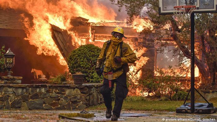 USA Kalifornien Anaheim, Waldbrände Großbrand