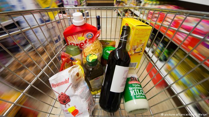 Заплахата за отравяне на хранителни продукти е любим метод на изнудвачите. По данни на Федералната криминална служба, подобни престъпления не се разследват отделно. Експертите смятат, че броят на подобни изнудвания е голям.