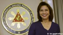 Bilder des Tages (161205) -- QUEZON CITY, Dec. 5, 2016 -- Philippine Vice President Leni Robredo speaks during a press conference in Quezon City, the Philippines, Dec. 5, 2016. Philippine President Rodrigo Duterte on Monday accepted the resignation from his cabinet of Vice President Leni Robredo who quit after she was asked to desist from attending the future cabinet meetings. ) (zjy) PHILIPPINES-QUEZON-VICE PRESIDENT-RESIGNATION FROM CABINET ROUELLExUMALI PUBLICATIONxNOTxINxCHN Images the Day Quezon City DEC 5 2016 Philippine Vice President Leni Robredo Speaks during a Press Conference in Quezon City The Philippines DEC 5 2016 Philippine President Rodrigo Duterte ON Monday accepted The Resignation from His Cabinet of Vice President Leni Robredo Who Quit After She what asked to desist from attending The Future Cabinet Meetings zjy Philippines Quezon Vice President Resignation from Cabinet RouellexUmali PUBLICATIONxNOTxINxCHN
