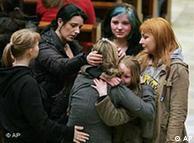 هشت دانشآموز دختر و یک دانشآموز پسر هدف گلولههای جوان ۱۷ سالهی آلمانی شدند
