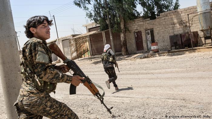 Syrien Kämpfe in Rakka
