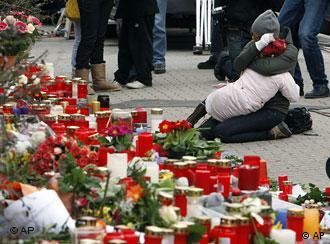 Sobrevivientes y familiares de las víctimas de la masacre de Winnenden.