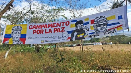 Kolumbien Farc - Entwaffnungscamp (picture-alliance/dpa/Georg Ismar)