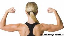 Muskulöser Frauenrücken