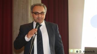 Almanya'dan Türkiye uzmanı Yaşar Aydın