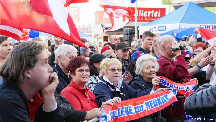 Election rally in Austria (DW/B. Riegert)