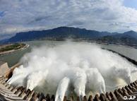 Gigante: hidrelétrica das Três Gargantas, na China