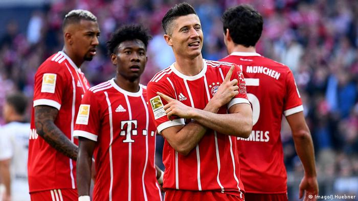 Lewandowski celebrates