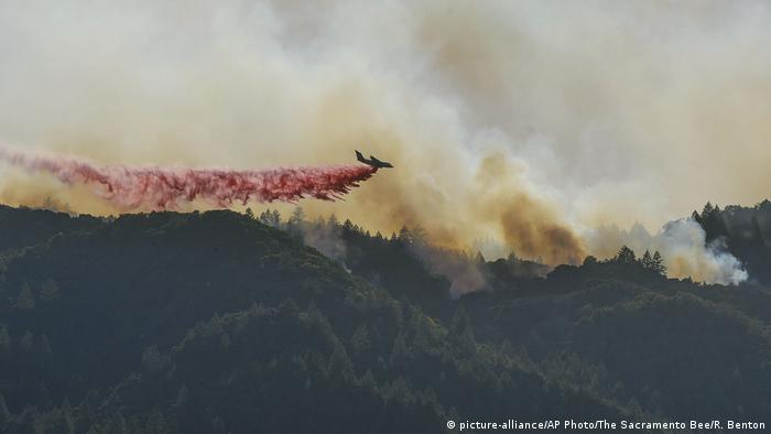 USA Kalifornien Waldbrände (picture-alliance/AP Photo/The Sacramento Bee/R. Benton)