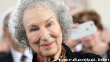 Deutschland Frankfurt Pauluskirche - Margaret Atwood erhält Friedenspreis (picture-alliance/dpa/A. Dedert)