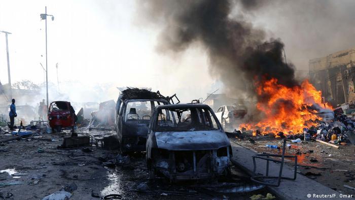 Somalia Mogadischu Bombenanschlag (Reuters/F. Omar)
