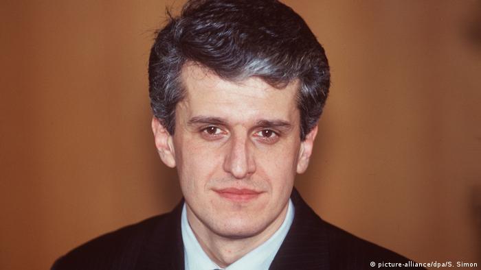 Pandeli Majko - Vorsitzender des Ministerrates der Republik Albanien. (picture-alliance/dpa/S. Simon)