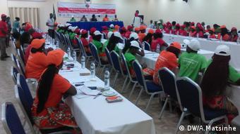 Mozambik, Die Verheiratung junger Mädchen ist durch Debatten in Maputo in den Fokus gerückt