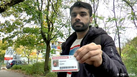 Berlin Ehtesham Haider, Flüchtling aus Pakistan (DW/I. Aftab)