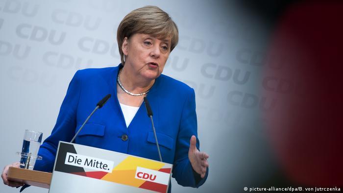 Berlin merkel PK nach der Landtagswahl in Niedersachsen - CDU (picture-alliance/dpa/B. von Jutrczenka)