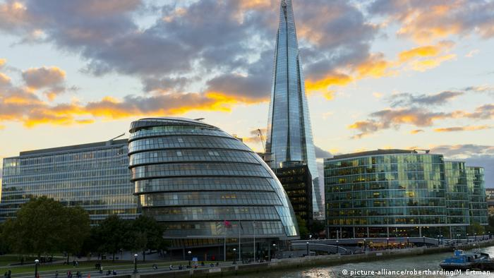 Großbritannien Shard and City Hall London, United Kingdom (picture-alliance/robertharding/M. Ertman)