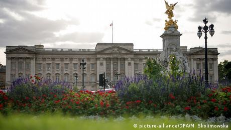 Great Britain town city view London Buckingham Palace (picture-alliance/DPA/M. Skolimowska)