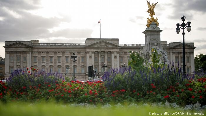 Großbritannien Stadtansicht London Buckingham Palace (picture-alliance/DPA/M. Skolimowska)