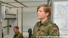 Bundeswehr-Bataillon in Storkow Oberstleutnant Anastasia Biefang (r)
