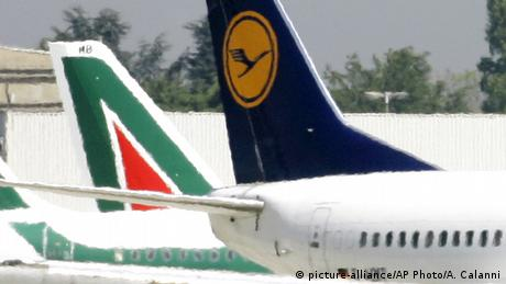 Ποιος θα αγοράσει την καταχρεωμένη Alitalia;