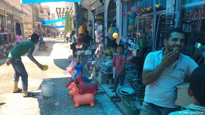 Syrien Bilder aus Kobane | Bazar (DW/K. Zurutuza)