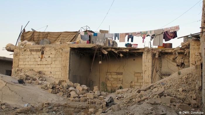 Syrien Bilder aus Kobane | Wäsche (DW/K. Zurutuza)