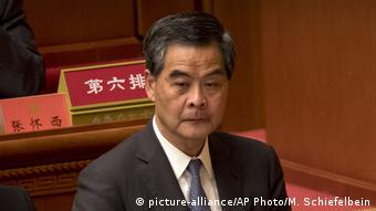 China Peking Kommunistischer Parteitag Leung Chun-ying (picture-alliance/AP Photo/M. Schiefelbein)