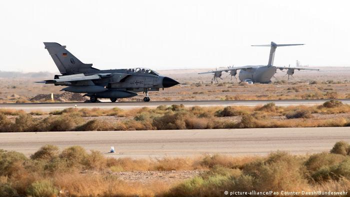 Jordanien deutsche Tornados in Al Asrak (picture-alliance/Pao Counter Daesh/Bundeswehr)