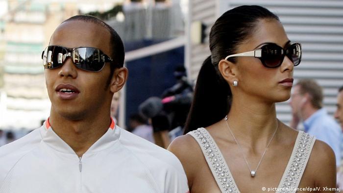 Lewis Hamilton Formel 1 Pilot mit Freundin Nicole Scherzinger (picture-alliance/dpa/V. Xhemaj)