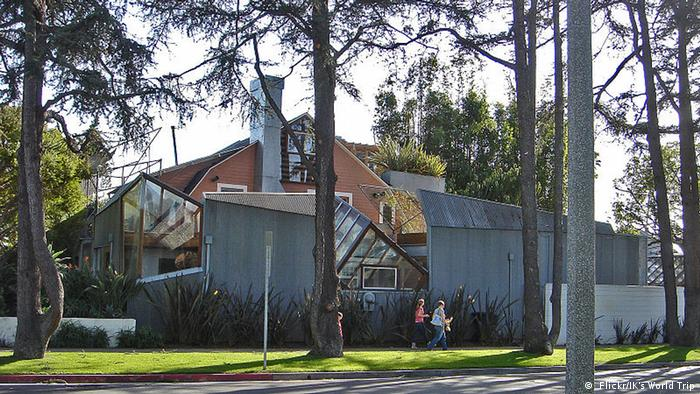 USA Frank Gehry's Haus in Santa Monica ( Flickr/IK's World Trip)