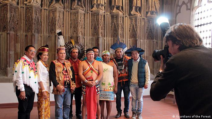 Indigene im Kölner Rathaus, Kampagne Guardians of the Forest